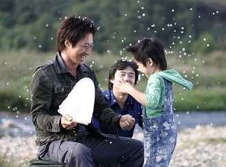 带孩子出去旅游怎样做可以促进亲子感情