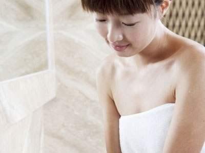 女性在孕前注意补血补钙,补充各种微量元素
