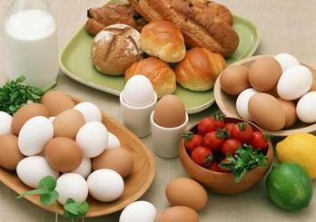 孕前夫妻需要补充的重点营养元素:铁和叶酸