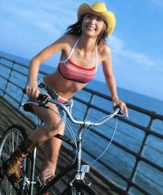 孕妇能骑自行车吗?怀孕能骑车上班吗?
