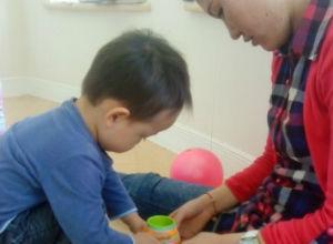 10个月婴儿早教方案_10个月宝宝如何进行早教