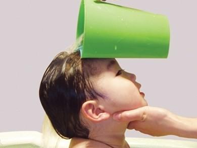 给婴儿洗头注意事项