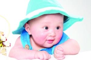 宝宝眼睛如何护理?婴儿眼睛常见问题护理方法