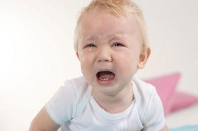 宝宝多大开始发脾气?宝宝怎样发脾气?