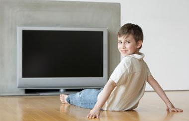 宝宝能看电视吗?宝宝爱看电视怎么办?