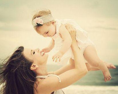 怎么鼓励1岁多的宝宝学走路?