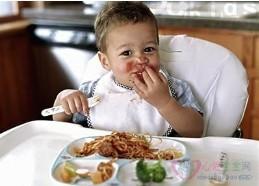 宝宝吃饭难题全攻略