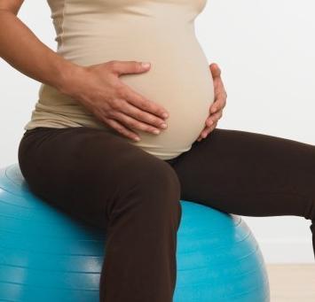 孕晚期胎动厉害是否正常?对胎儿有影响吗
