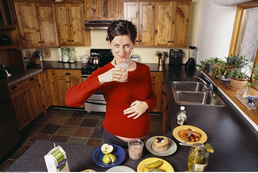 孕妇奶粉什么时候喝比较好?每天喝多少合适