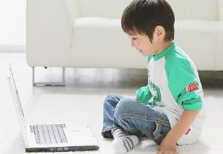 宝宝什么时候用电脑好?孩子过早用电脑有坏处吗