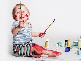 美感教育方法:孩子从小绘画可增强美感