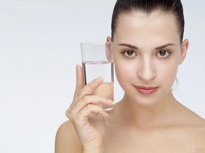 孕妇不爱喝水怎么办?可以吃水果蔬菜补水吗