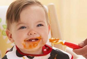 宝宝第一次吃辅食的注意事项