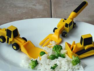 这些创意餐具能激发宝宝吃饭兴趣,妈妈用过吗?