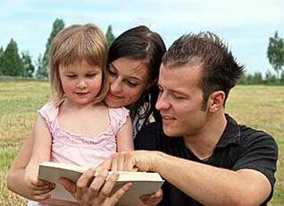 什么时候开始给宝宝讲故事?要注意什么
