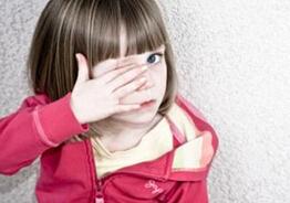 孩子爱眨眼是怎么回事?怎么办