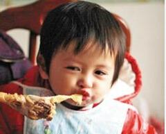 宝宝不爱吃肉怎么办?对孩子发育有影响吗