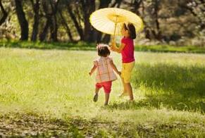 春天带宝宝去户外旅行应注意哪些方面?