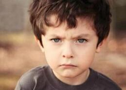 5岁宝宝还老尿床正常吗?5岁孩子尿床怎么办?