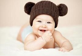 给宝宝掏耳朵好不好?如何替孩子掏耳朵