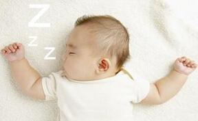 宝宝睡觉不踏实的原因是什么?