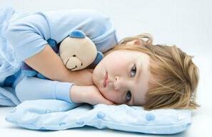 宝宝每天睡觉很晚是怎么回事?宝宝不爱睡觉怎么办?