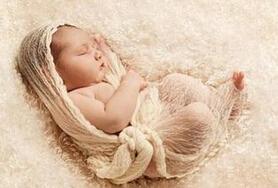 新生儿体重不长是怎么回事?宝宝出生20多天体重不增加?
