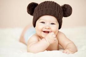 宝宝出牙前后如何护理宝宝的牙齿?