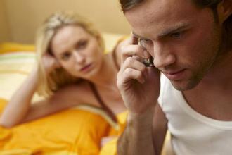 男人孕期生理需求如何解决?孕期防止老公出轨有高招