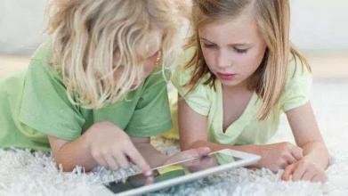 如何和电子产品争夺孩子?电子保姆带来的是便利 or 危机?
