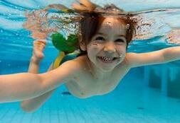 孩子什么时候学游泳好?孩子学游泳的注意事项
