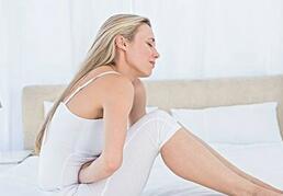 来月经碰冷水会不孕吗?为避免不孕,月经期应注意什么