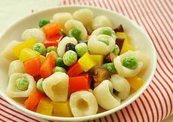 孩子特别喜欢吃零食怎么办?孩子吃太多零食有什么危害