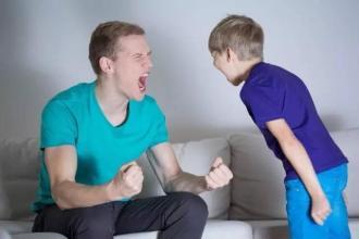 教育孩子对孩子凶一点好吗?经常对孩子发脾气好不好