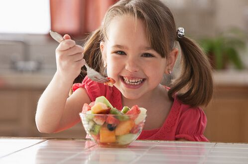 春天孩子吃什么水果好?孩子春季吃水果应注意什么