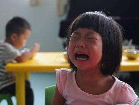 宝宝上幼儿园为什么会哭?孩子上幼儿园老哭怎么办