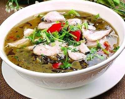 哺乳期能吃酸菜鱼吗?产后吃酸菜鱼好不好