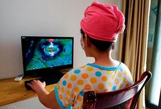 坐月子可以玩网游吗?坐月子期间用电脑玩游戏好么