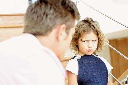 孩子喜欢说别人的缺点是怎么回事?家长如何引导