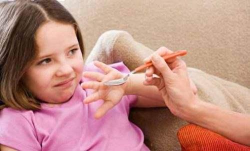 孩子不肯吃药怎么办?有什么好方法让孩子愿意吃药