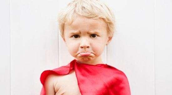 孩子挑衣服怎么办?小孩任性挑衣服穿怎么办