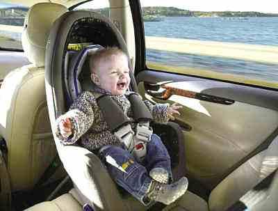 孩子不肯坐儿童安全座椅怎么办?有什么好办法吗
