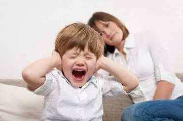 孩子乱发脾气怎么办?家长如何引导孩子?