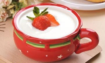 1岁的宝宝能喝酸奶吗?1岁多的婴儿喝酸奶应注意什么