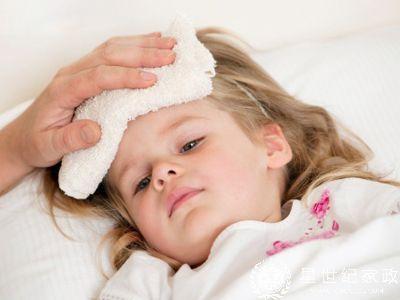 宝宝发烧很着急?妈妈应对孩子发烧的知识大全-1