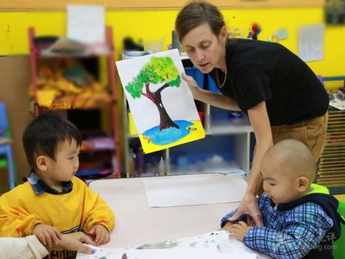 英语早教到底适不适合中国宝宝?宝宝太早学英语有用么