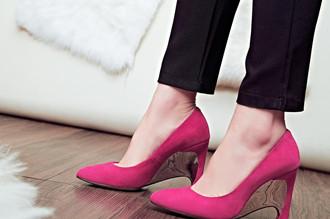 孕妇穿高跟鞋对胎儿有什么影响?孕妇为什么不适宜穿高跟鞋