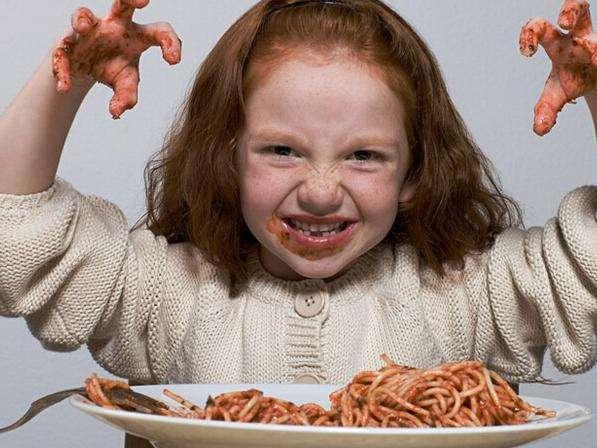 为了让孩子吃饭快一些!各位妈妈有什么好方法?
