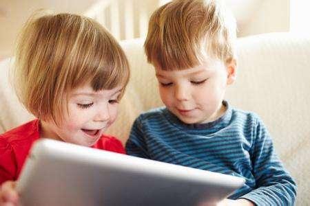 6岁孩子玩手机游戏好吗?孩子玩游戏有好处吗