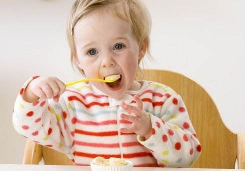 给宝宝做吃的放多少油比较合适